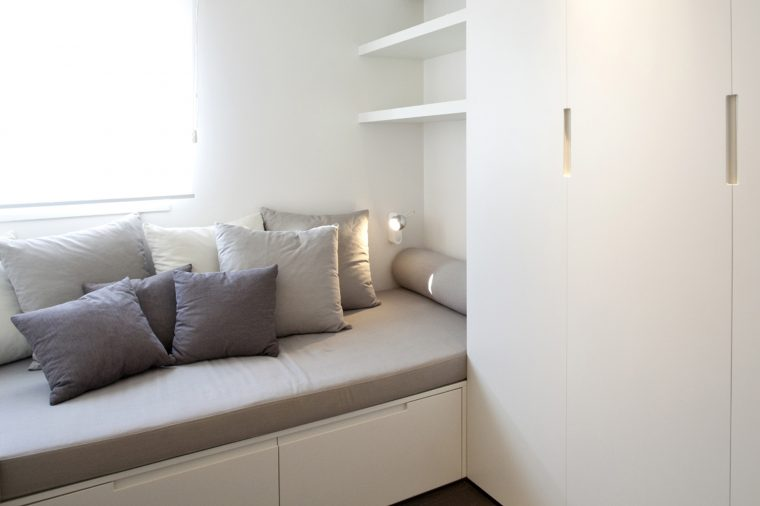 BEDROOM GUEST SOFA STORAGE
